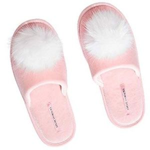 Victoria's Secret Slipper PomPom Cute!